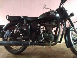 Very good condition royal Enfield classic 500cc for sale only 170000