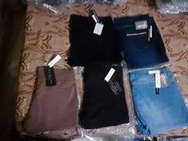 Branded ladies jeans..290