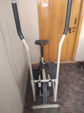 Sportiff Elliptical machine - 18 months old(negotiable)