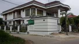 Rumah mewah dengan fasilitas kolam renang di Jl Gulama/ Nangka