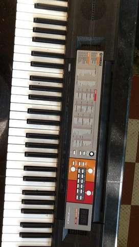 Yamaha keyboard f-50