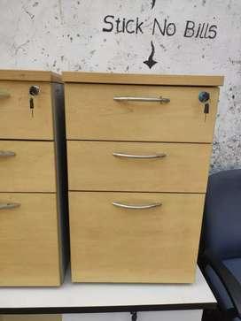 Pedestal boxes/mini drawers