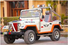Jeep cj 6 nice looking God condition and good ingan