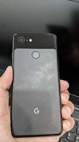 Google Pixel 3 128gb in good condition with genuine charger