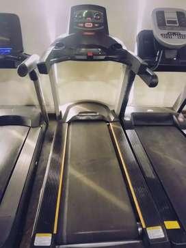 Commercials treadmills