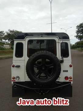 Land rover defender 110 sw km low bisa kredit