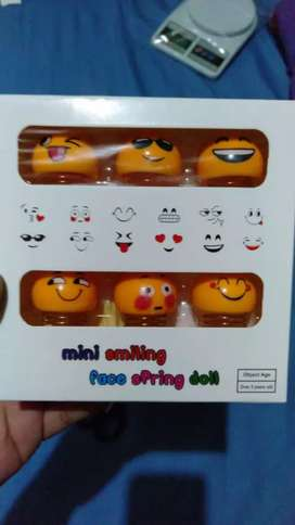 Pajangan Emoji Mini 1 Set isi 6 pcs @50rb, Avenger @55rb