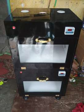 Inkubator penghangat hewan