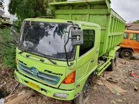 Hino Lohan Tronton 6×4 FM 260 TI 2013 Dumbtruk Fullors/Mitsubishi Fuso