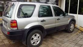 Ford Escape XLT 3.0 2004
