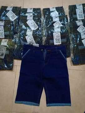 Celama jeans pendek cowok (slimfit)