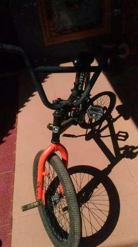 Sepeda BMX jual cepat