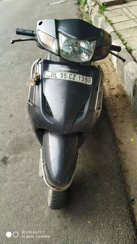 Activa in good condition with new rear tyre,battery recently changed