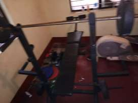 Gym bench  very good condition