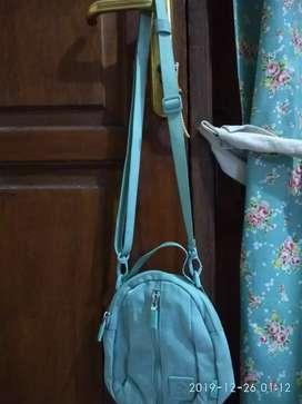 Tas kecil (preloved)