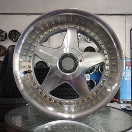 jual velg Rays Club Ring 17x8,5\9,5 pcd 5x120\114,3 BMW,Rush,Camry