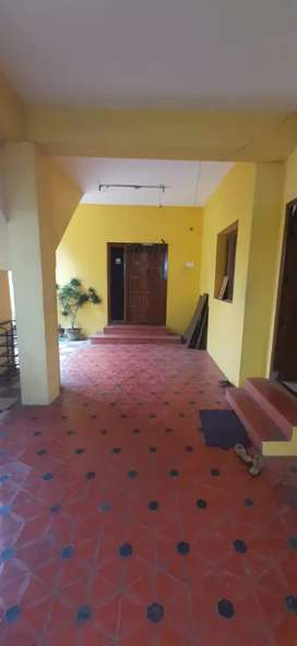*Only for Bachelors* 2BHK House available for rent in Peelamedu