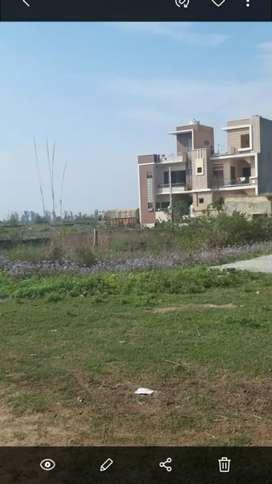 139sqyard govt Aprvd plot for sale near St Karam singh academy ropar.