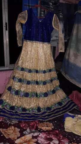 long  gown dimond and embroidery work fancy resonabel urgent sell
