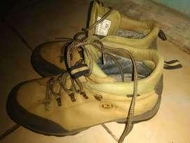 Sepatu Hiking/Safty K2