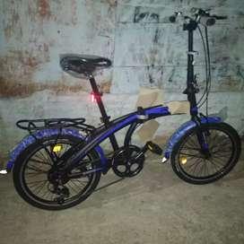 Kami menjual sepeda lipat ukuran 20