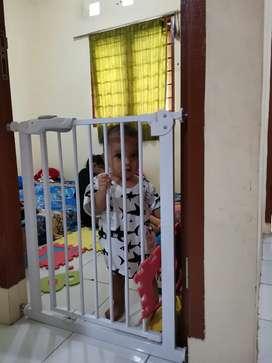 Pintu Pagar Pengaman Anak Bayi (Jual Murah)