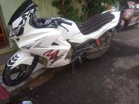 Want to sell karizma ZMR