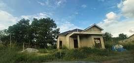 Di Jual cepat dan murah Tanah danRumah bangunan mewah seadanya 60%
