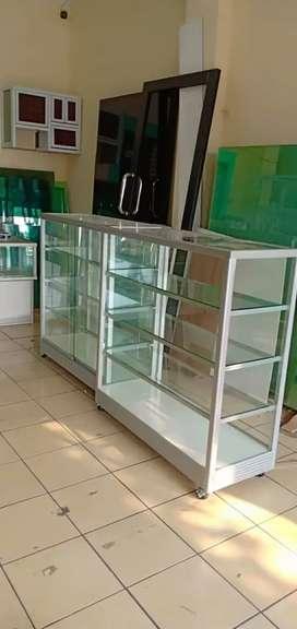 Diorder etalase aluminium ukuran 1 m x 1 m x 40 cm