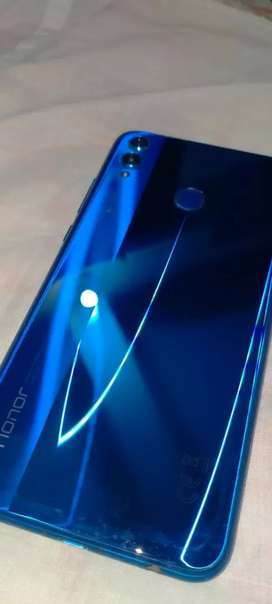 Honor 8x.10/10 condition.Box .Charger.Handfree origanal.