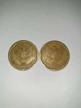 Uang logam 500 melati