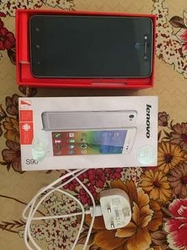 32GB Lenovo s90 with Box Very Good Condition