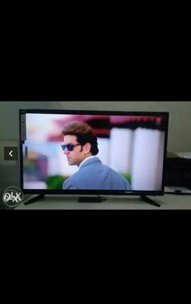 32 inch smart uhd HD TV with 2year warranty home delivery free
