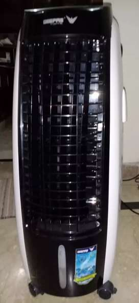 Geepas Room Air Cooler for sale. Used only for 1 week.