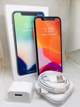Iphone 11 pro 64GB BRAND NEW WITHOUT USED warandy available**