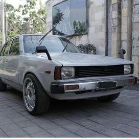 Jual Mobil Klasik Toyota Corolla DX Warna Abu-Abu Tahun 1981