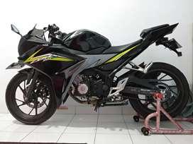 CBR150R BLACK LIKE NEW