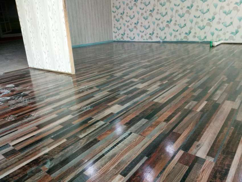 Vinyl Wooden Floors Decorate your Home & Offices 0