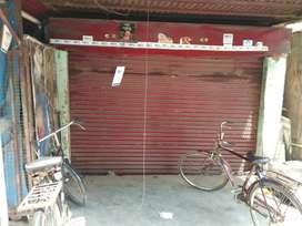 Shop just opposite Tunday kababi
