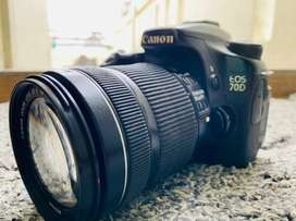 Canon EOS 70d , 18_135 lens with bill box for sell