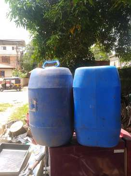 50 liter can used to plant small trees