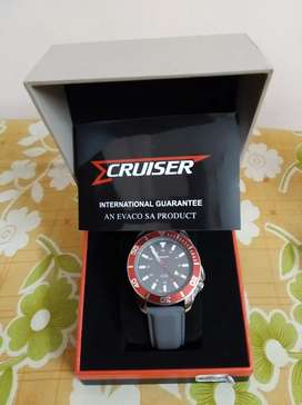 Cruiser men's watch with international warranty