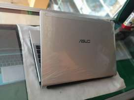 Asus UL30A 2300