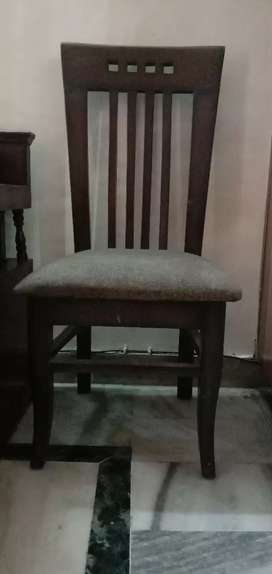 Set of 3 dining chair Good condition
