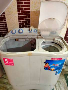 Haier 6.5 kg semi automatic washing machine in fully working condition