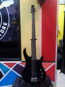 Bass fender japan MB 4 Original