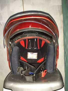 Dijual helm GM Power 8 warna merah ukuran L