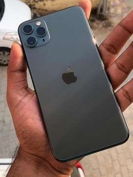 iPhone 11 Pro Max 64GB in 97% condition