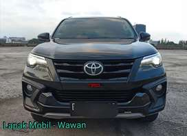 Toyota Fortuner 2.5 VRZ TRD Diesel Matic 2018 Km 62rb Tangan 1