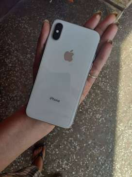 IPHONE X BRAND NEW CONDITION AVAILABLE AT BEST PRICE